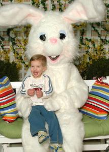 08-03-11-easter-bunny-mall-photo